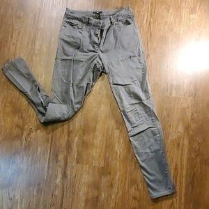 H&M - Gray Skinny Pant